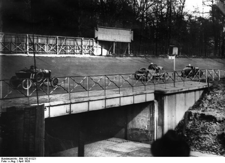 Race in 1925 at Monza