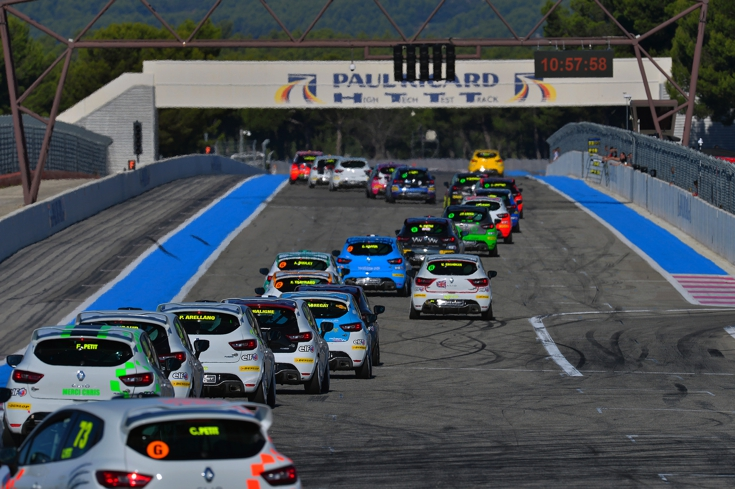 Racing at Paul Ricard Circuit