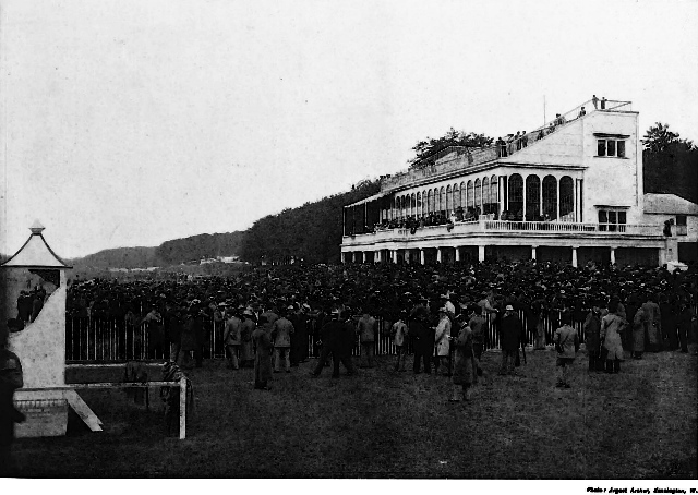 Goodwood Racecourse in 1895